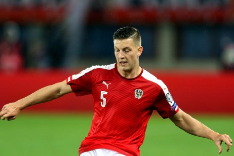 kevin_wimmer_playing_for_austria_vs_wales_03